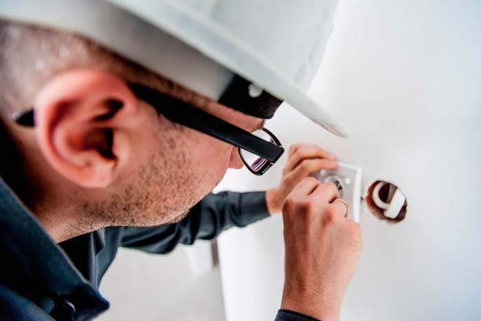 Home domestic electrician in Brighton Hove Sussex